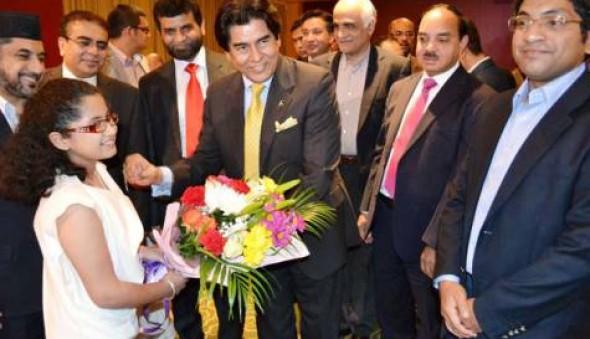 Pakistani community gives envoy fond send-off